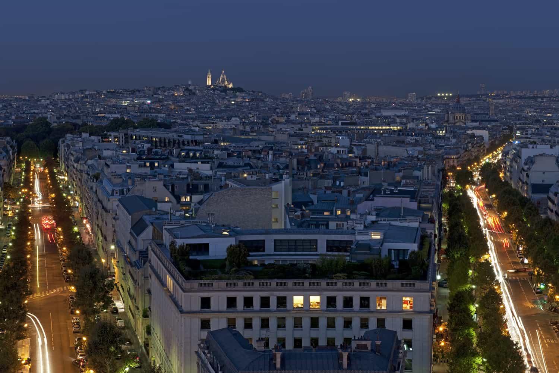 Vue depuis l'Arc de Triomphe de Paris