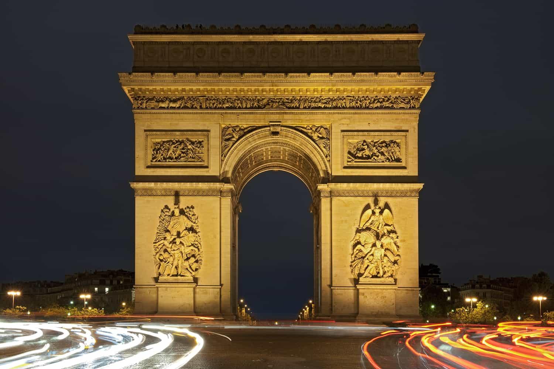 Arc de Triomphe de Paris de nuit