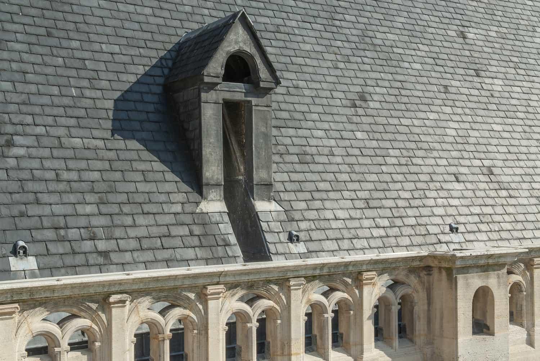Détail des toits de l'église Saint-Eustache à Paris, après restauration par Alain-Charles Perrot