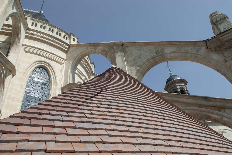 Arcs-boutants de l'église Saint-Eustache à Paris, après restauration par Alain-Charles Perrot